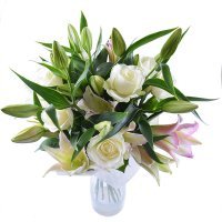 Bouquet «Queen of beauty» | order online with delivery