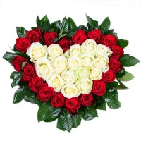 Bouquet Heart with roses
