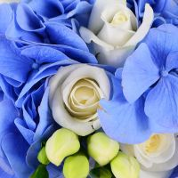 Bouquet The blue sky