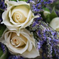 Order the lavander head wreath in our online shop. Delivery!