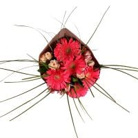 Order bouquet «Assorted flowers» with delivery to any city of the country and the world.