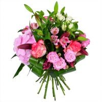 Beautiful flower bouquet �Strawberry� with delivery