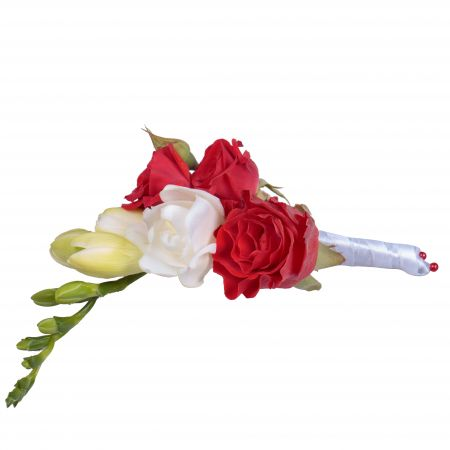 Order beautiful boutonniere of white and red shades. Delivery to any city!