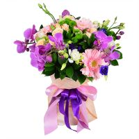 Order a spectacular bouquet with delivery