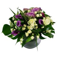 Exquisite small bouquet of roses «Purple and white» with delivery