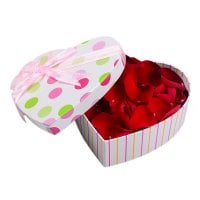 Product Rose petals in a box
