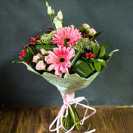 Buy bouquet «Lilibeth» in the UFL online store. With delivery!