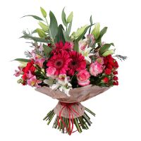 Buy exquisite bouquet of roses «Raspberry wine» with delivery