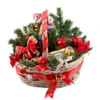 Order a pretty «New Year Gift Basket» with international delivery