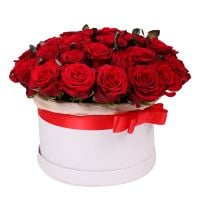 Order romantic red rose bouquet �Carmine Surprise� with delivery to any city